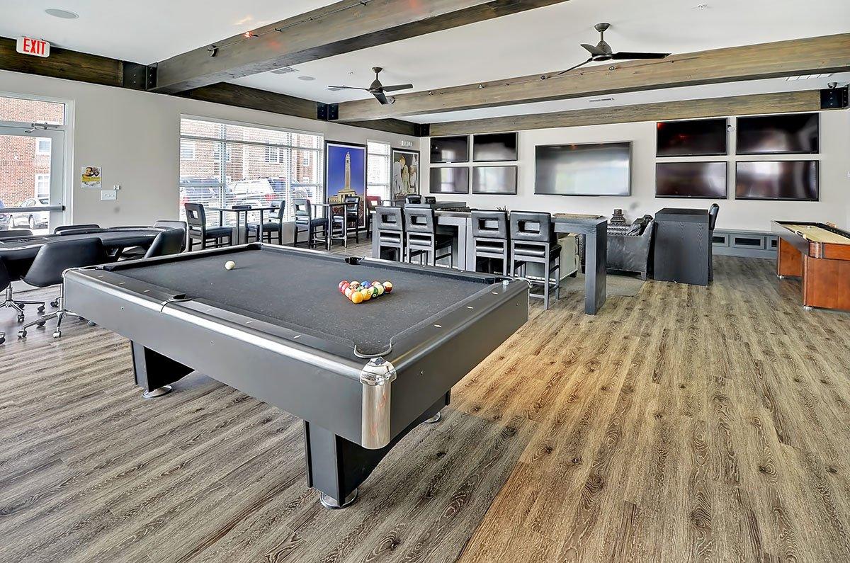 Apartment Club