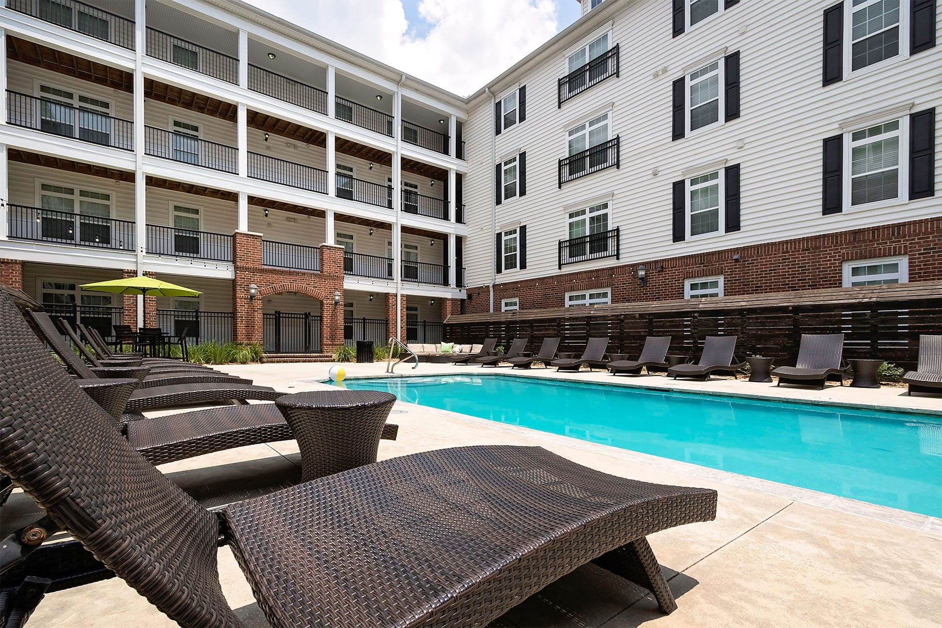 Student Apartments Near LSU Baton Rouge